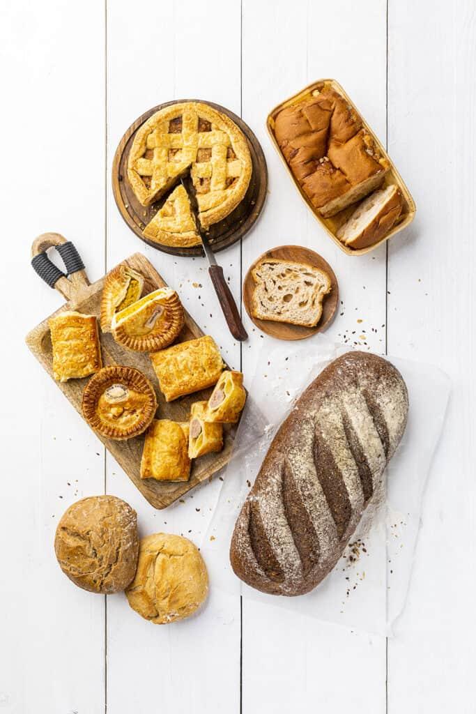 Assortiment brood en banket Boerenhart